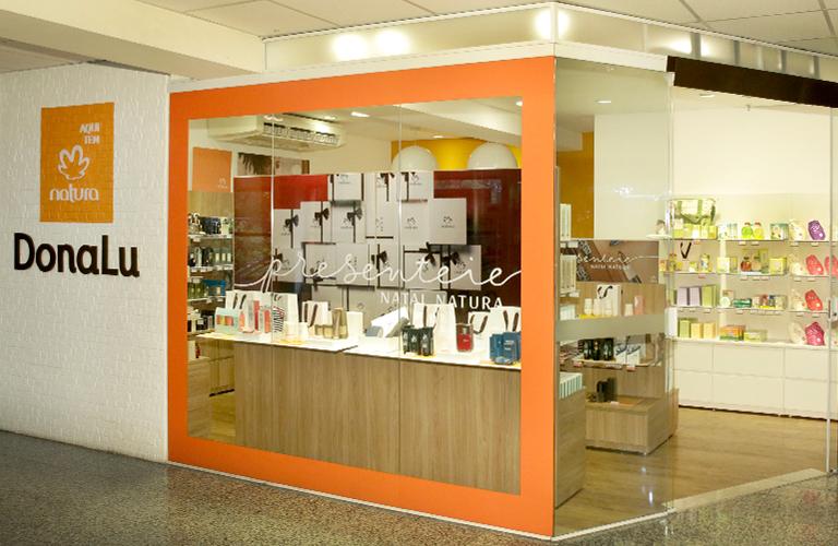 6420a532e Natura inaugura 100ª franquia  negócio é oportunidade para ...